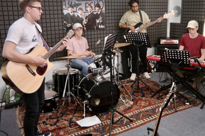 Bandworkshops bei School Of Rock